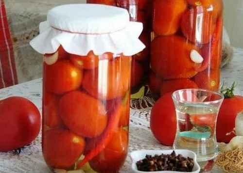 Польза маринованных помидоров